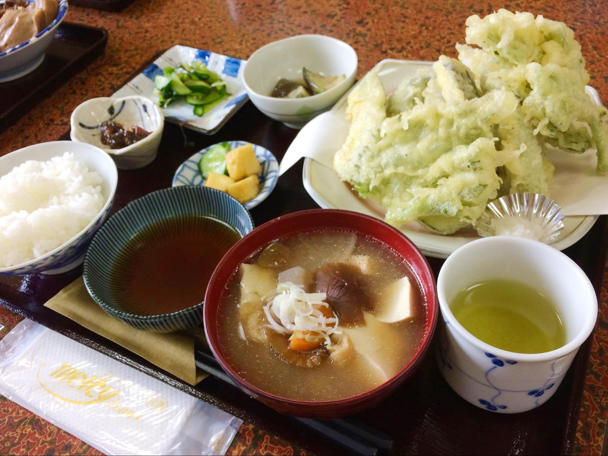 多菜田定食の天ぷらコース
